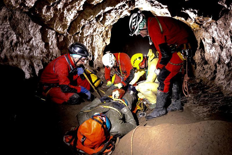 Jaskinia Kasprowa Niżna – Manewry z Ratownictwa Jaskiniowego