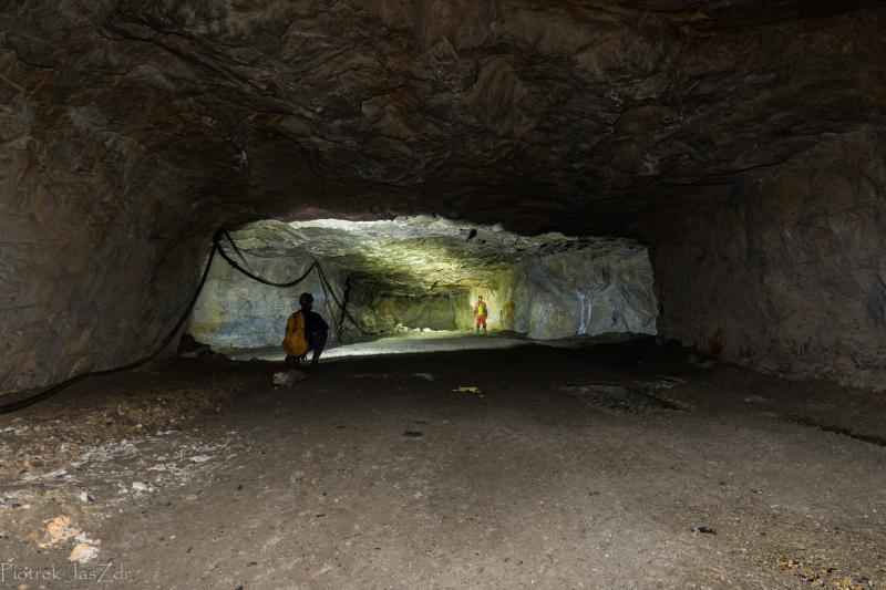 Jaskinie i Sztolnie – tajemniczy świat pod stopami