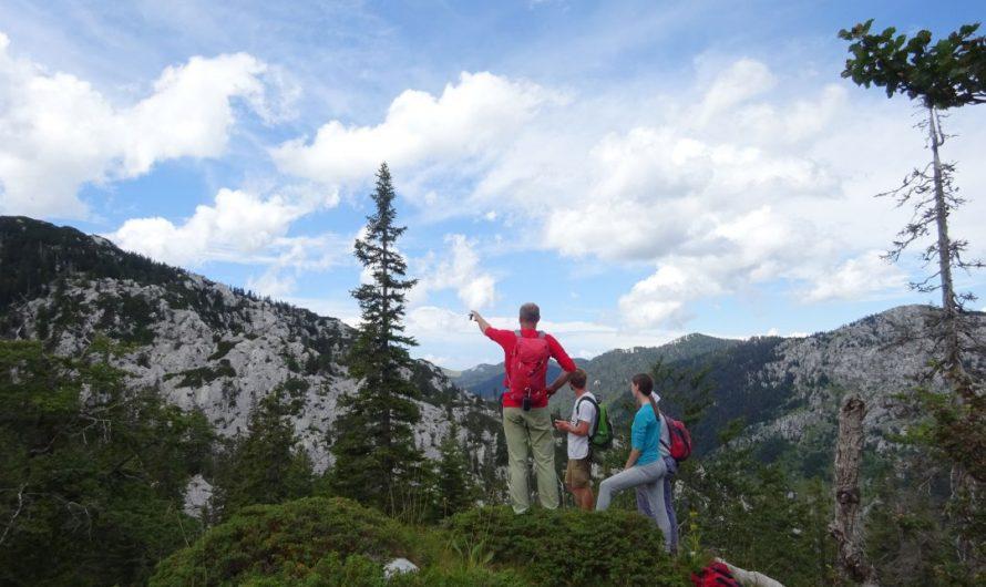 Speleološko-planinarski logor za djecu