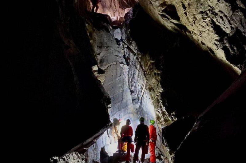 Jaskinia Marmurowa – Piaskownica